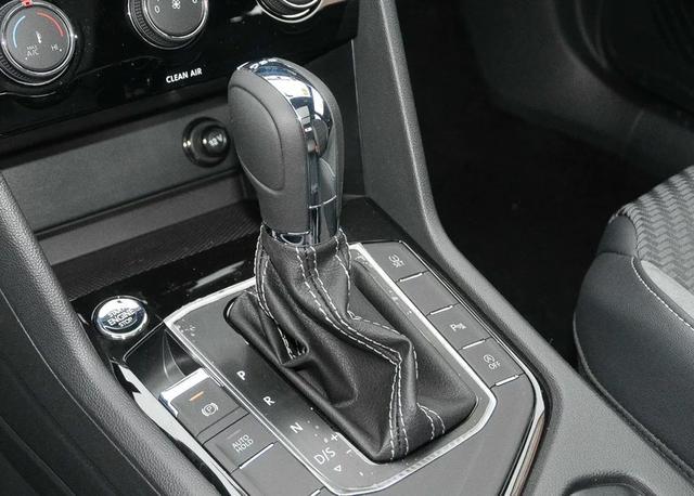 又一款合资SUV成为黑马,7.8s破百,月销过万15万起售