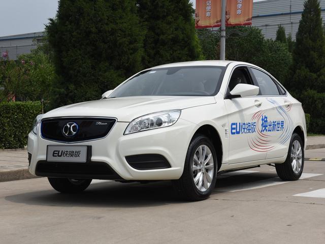8月新能源汽车TOP10:蔚来ES6月销2336进前十,北汽EU继续夺冠