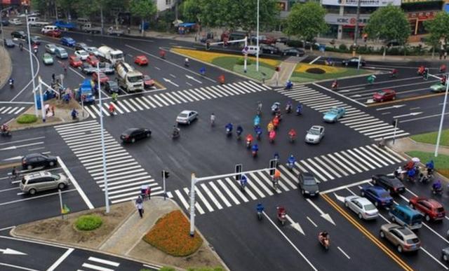 影响国内交通拥堵的,不仅仅是龟速行驶,这些原因是关键