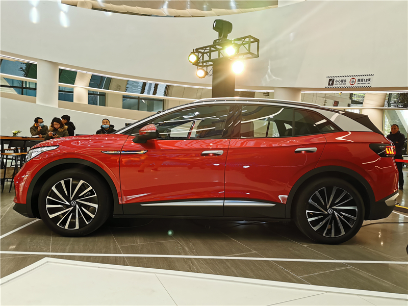 纯电动汽车销量榜出炉:比亚迪闯进全球前五,销量冠军没有悬念