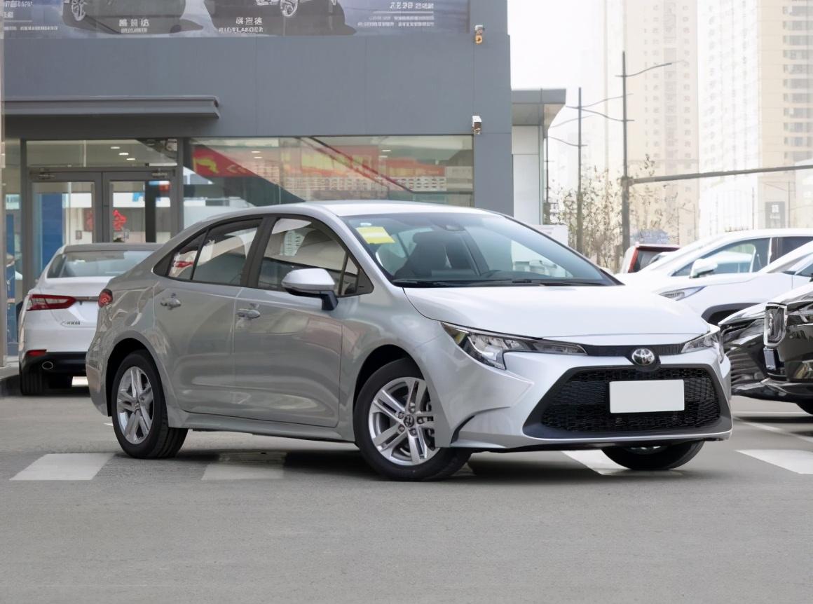 3月车企轿车销量排行榜,一汽丰田排第三,吉利跌出前十?